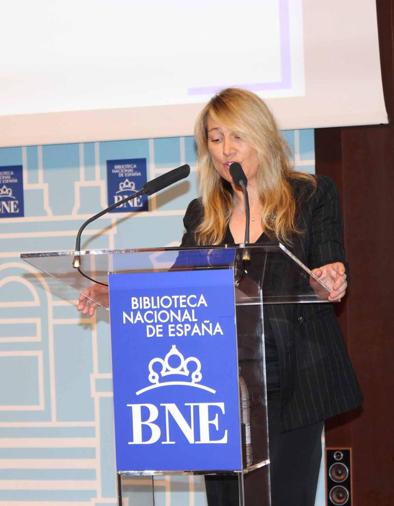 2017 Joana Bonet lee a Isabel de Villena