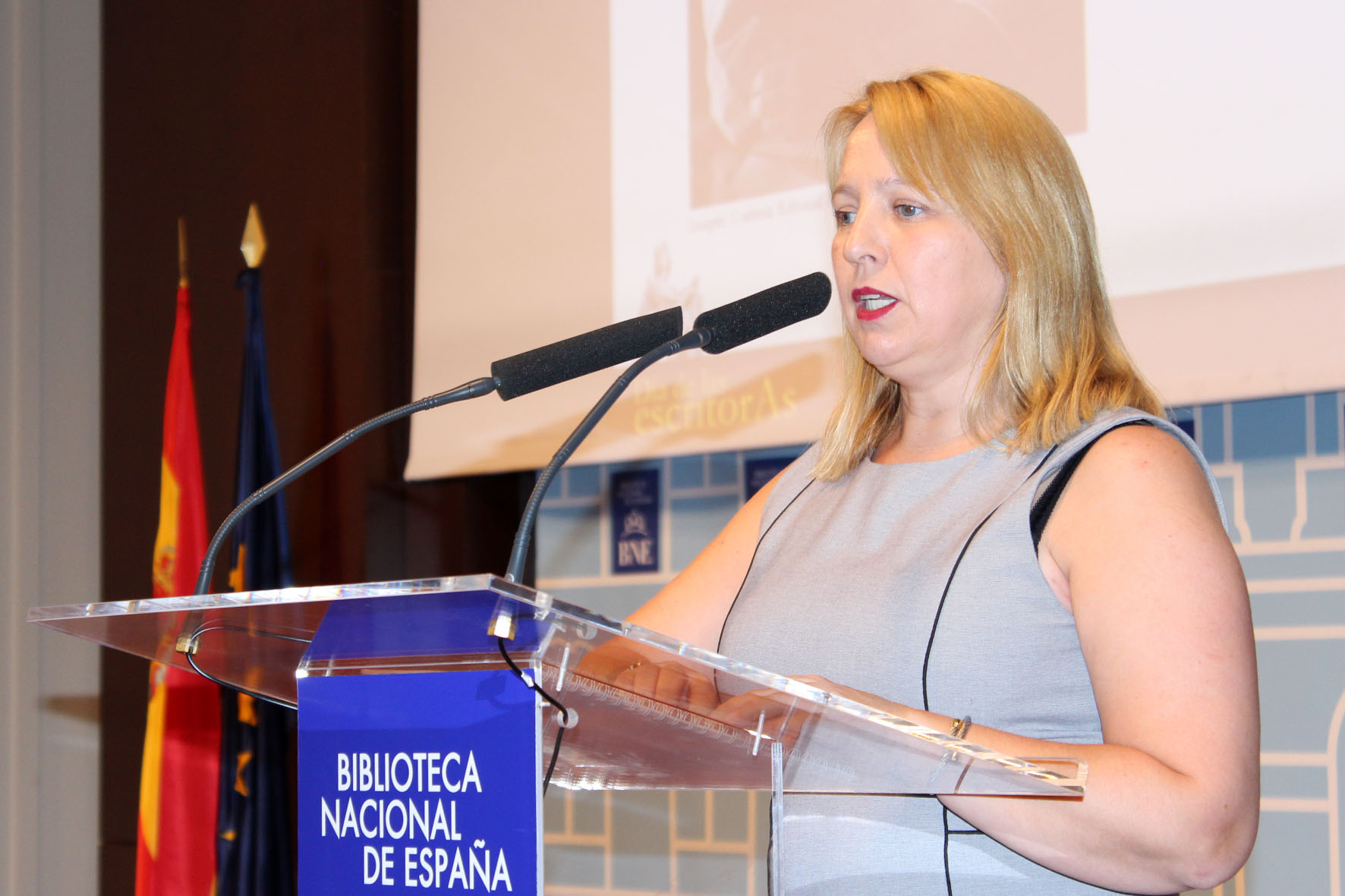 2016 Carmen Bayarri
