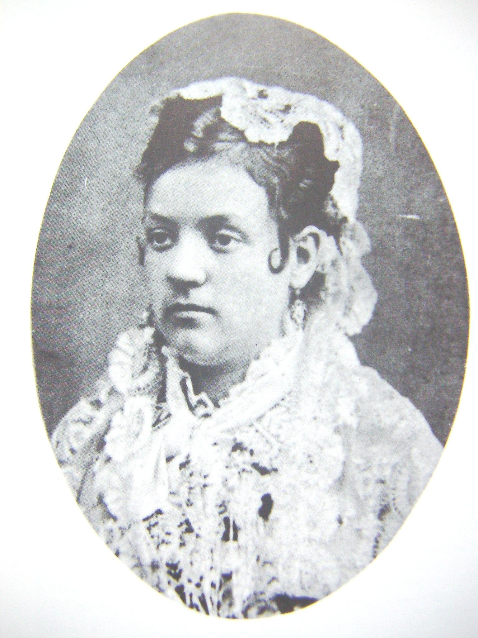 Rosario de Acuña y Villanueva