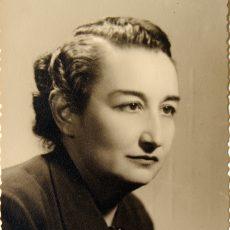 Ernestina Champurcin. Fotografía de la Fundación Universitaria Navarra
