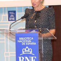 2017 Anne Igartiburu lee a María Etxabe