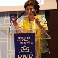 2017 Helena Herrero lee a Julia de Burgos